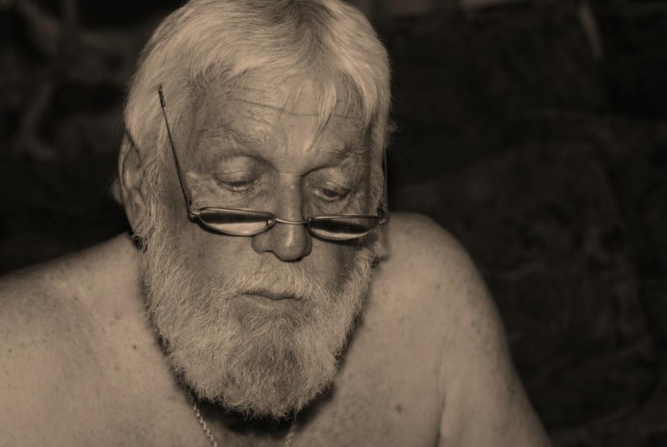 Hemingway Persona